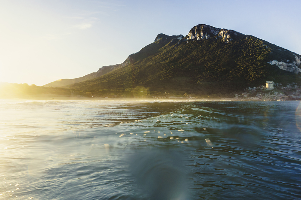 wave circeo sun light water
